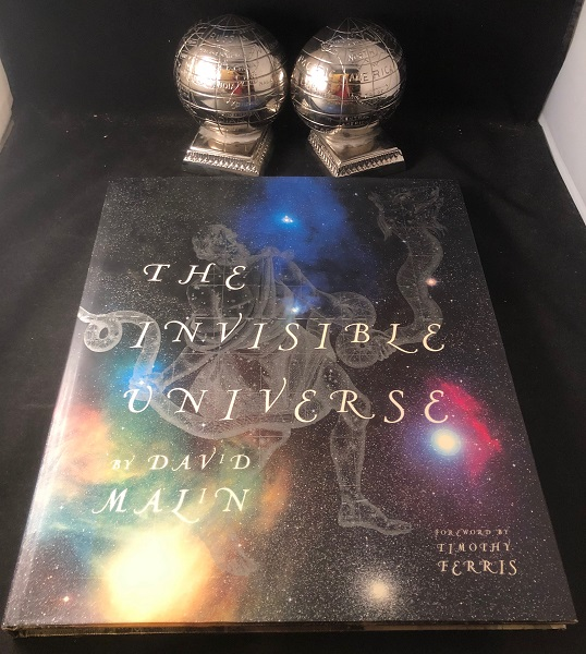 The Invisible Universe (SIGNED BY AUTHOR). David MALIN.