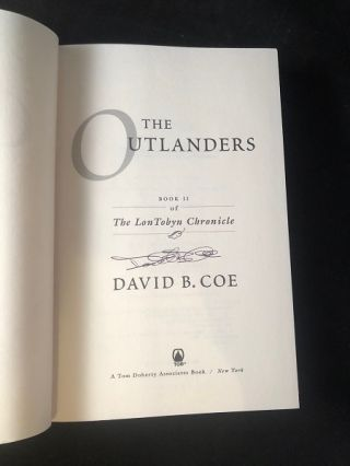 The Outlanders; Book II of the Lon Tobyn Chronicle