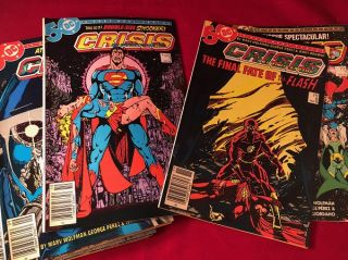 "Crisis on Infinite Earths (ORIGINAL 1985 FIRST PRINTING 12 COMIC RUN); THE 1985 DEATH OF ""SUPERGIRL"" AND THE BARRY ALLEN ""FLASH""!!!"